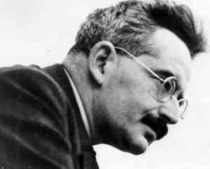 Walter Benjamin - Berlim, 15 de julho de 1892 — Portbou, 27 de setembro de 1940